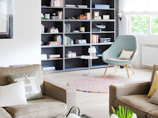 minimalistic Living room by A! Emotional living & work