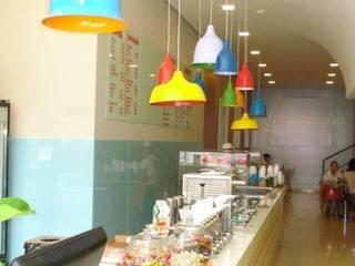 Locales gastronómicos de estilo  de Carla Pagotto Arquitetura e Design Interiores,