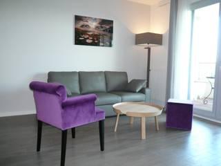 Naissance d'un séjour contemporain Salon moderne par Florence BONTEMPS Moderne