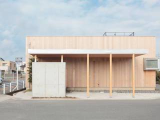 Houses by 内田建築デザイン事務所,