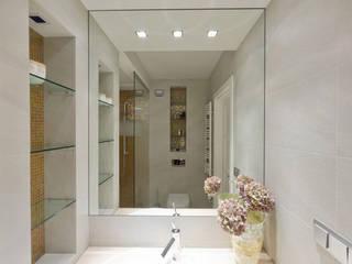 Projekt, wykonawstwo i wyposażenie wnętrz mieszkania Nowoczesna łazienka od Anna Buczny PROJEKTOWANIE WNĘTRZ Nowoczesny