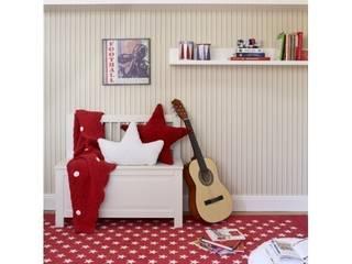 Czerwień w pokoju dziecięcym: styl , w kategorii  zaprojektowany przez Sklep Internetowy Kiddyfave.pl
