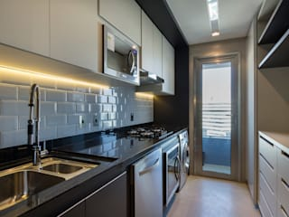 by Studiodwg Arquitetura e Interiores Ltda. Modern