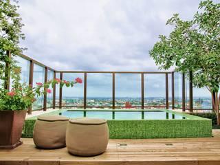 Modern terrace by Tellini Vontobel Arquitetura Modern