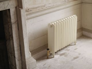 The Eton Cast Iron Radiator is available from UKAA di UKAA | UK Architectural Antiques Classico