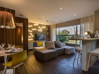 Studiodwg Arquitetura e Interiores Ltda. Phòng khách phong cách tối giản