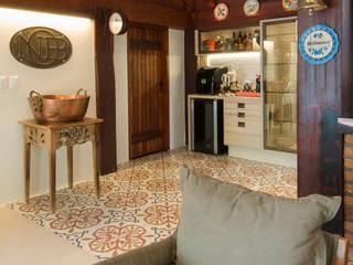 Eclectic style balcony, veranda & terrace by Camila Tannous Arquitetura & Interiores Eclectic