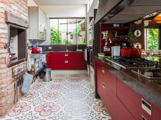 Eclectische keukens van Camila Tannous Arquitetura & Interiores Eclectisch