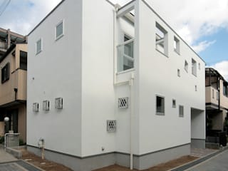 チーズ・アイ モダンな 家 の 田崎設計室 モダン