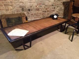 Ancienne table basse industrielle par Le Quai Industriel