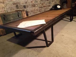 Table basse palette sncf:  de style  par Le Quai