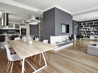 Apartament w Krakowie -  salon z jadalnią: styl , w kategorii Jadalnia zaprojektowany przez AvoCADo