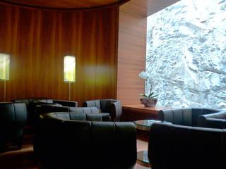 Fumoir Hotel Waldhaus:  Hotels von Frédéric Dedelley Product Designer ACCD(E)