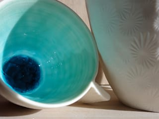 Tasse porcelaine bleu turquoise:  de style  par TERRE & SONGES