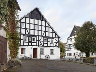 Umbau eines 200 Jahre alten Fachwerkhauses in eine Gruppen- und Seminarhaus:  Hotels von Bleibe