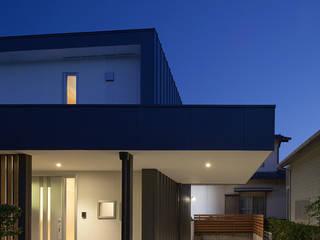 エントランス: 那波建築設計 NABA architectsが手掛けた家です。