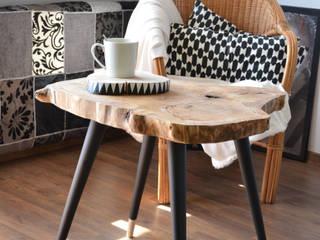 BIG STILL WOOD Coffee Table - Black Oleh D2 Studio Skandinavia