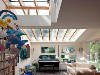 Rear extension to double-fronted house in Herne Hill: modern Living room by Circumflex Chartered Architects