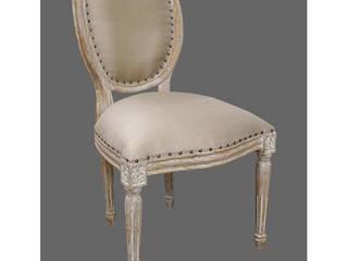 Chaise médaillon cérusée:  de style  par deco Privé by 126 Events