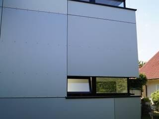 Individueller Anbau an Bestand Moderne Häuser von BUSCH LANGE ARCHITEKTEN Modern