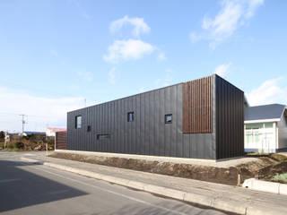 Houses by 株式会社コウド一級建築士事務所, Modern