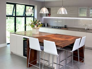 The Drive Modern kitchen by Haus12 Interiors Modern