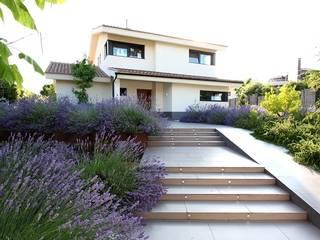 Jardines de estilo  por Estudio de paisajismo 2R PAISAJE, Mediterráneo