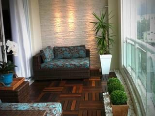Mediterranean style balcony, veranda & terrace by Eliegi Ambrosi Arquitetura e Design de Interiores Mediterranean