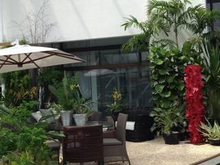 Lounge: Jardins  por Anna Luiza Rothier,Moderno
