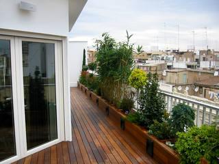 Estudio de paisajismo 2R PAISAJE Balcones y terrazas mediterráneos