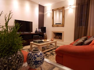 Salas / recibidores de estilo ecléctico por Lúcia Vale Interiores