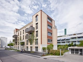Süd-Westfassade:  Häuser von Käferstein & Meister   Dipl. Architekten ETH BSA SIA