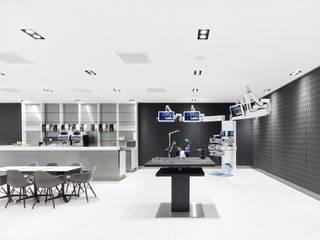 Clínicas de estilo moderno de Baierl & Demmelhuber Innenausbau GmbH Moderno