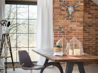 Stół Industrialny C-Frame: styl , w kategorii  zaprojektowany przez Kornik