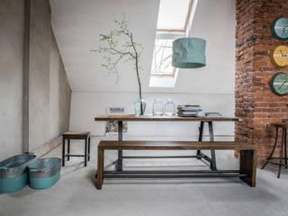 Stół Industrialny A-Frame: styl , w kategorii  zaprojektowany przez Kornik