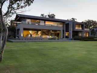 House in Blair Atholl Casas modernas de Nico Van Der Meulen Architects Moderno