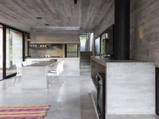 Ruang Makan oleh Besonías Almeida arquitectos, Modern