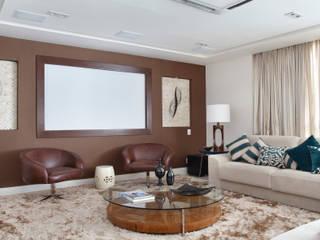 Livings de estilo moderno de Ana Adriano Design de Interiores Moderno