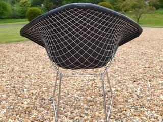 Harry Bertoia Diamond Chair:   by Flure Grossart 20th Century Design & Interiors