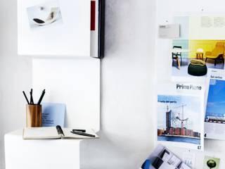 Showcase #3 Modern study/office by Anne Linde Modern