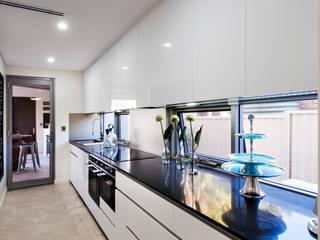 Kitchens by Moda Interiors, Perth, Western Australia 現代廚房設計點子、靈感&圖片 根據 Moda Interiors 現代風