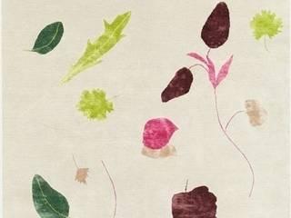 Deirdre Dyson SALAD DAYS hand knotted wool and silk rug von Deirdre Dyson Carpets Ltd Klassisch