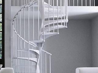 E20 gradino acciaio, ringhiera R2: Soggiorno in stile in stile Minimalista di Area Scale
