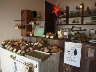 フランスパン屋KAISO: ロクサ株式会社が手掛けたオフィススペース&店です。,