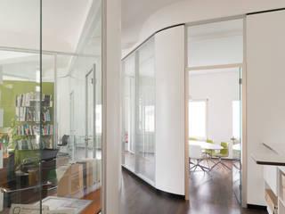 Flur und Einblick in Besprechungskoje:  Veranstaltungsorte von welter+welter architekten BDA
