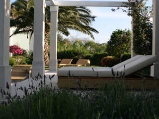 Tellini Vontobel Arquitetura Classic style garden