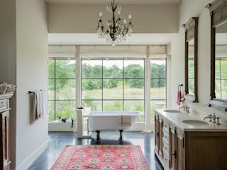 River Ranch Residence:  Bathroom by Hugh Jefferson Randolph Architects, Country