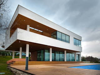 Colun house: Дома в . Автор – Didenkül+Partners,