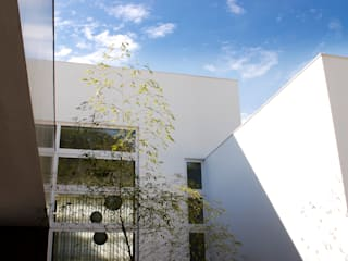 by Tartan Arquitetura e Urbanismo Сучасний