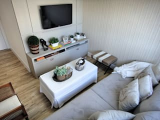 Sala Intima: Salas de estar  por Gabriela Herde Arquitetura & Design